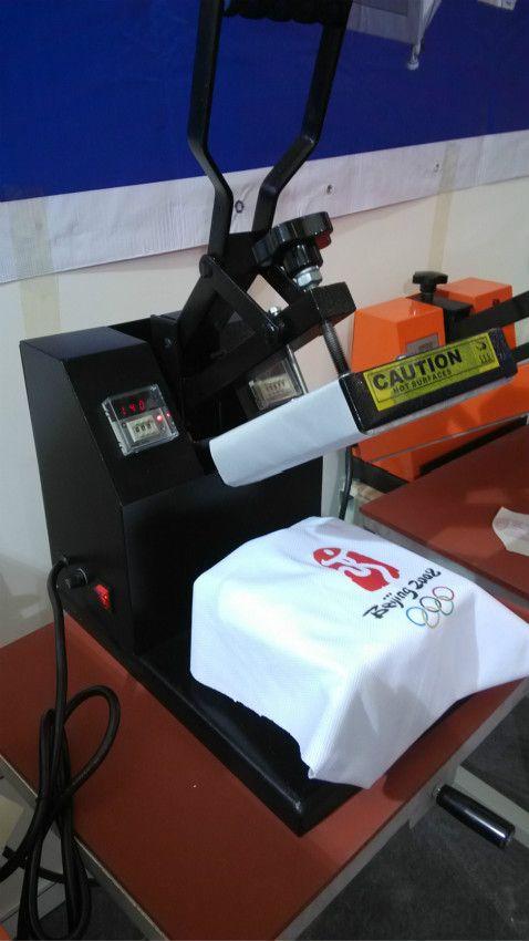15 * 15 cm küçük el ısı pres makinesi ve tişört, fare, çanta, kot pantolon, yastık, bir düz yüzeyi, baskı makinesi aktarma