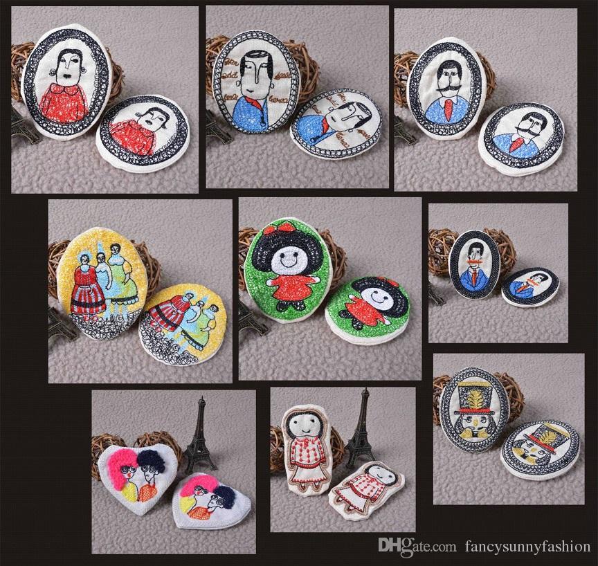 2016 Preço Barato Bordado Dos Desenhos Animados crachá broche pinos Handmade tecido Boutonniere clipe no Saco de Roupas, Crianças, Meninos, Meninas, Homens Acessórios
