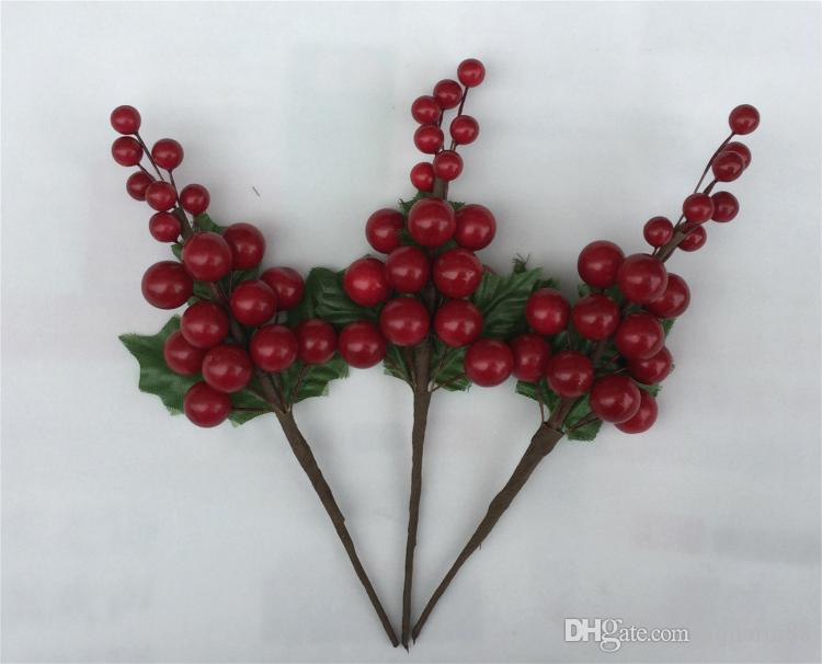 2018 New Design 7.5 inch Artificial Bright Red Berry Holly Pick For Christmas Decorating **
