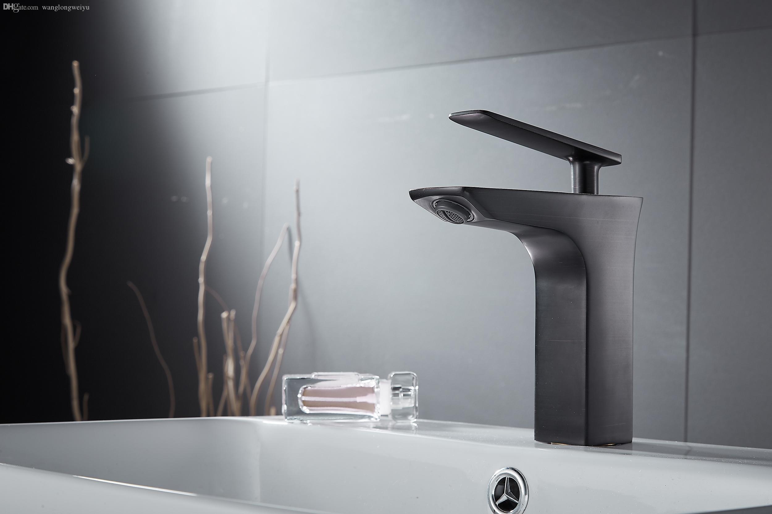Großhandel Luxuriöse Antike Badezimmer Armaturen Schwarze Hähne Mit ...
