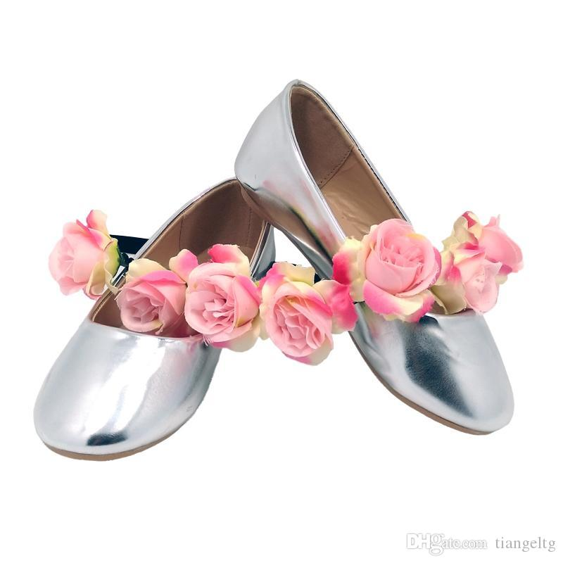 Girls Ballerina Dresses Shoes Metallic PU Leather For Toddler Girls Silver  Pink Champagne Black Wedding Party Zapatos Bebe Kids Leather Boots Online  Leather ... ecb6bda00e93
