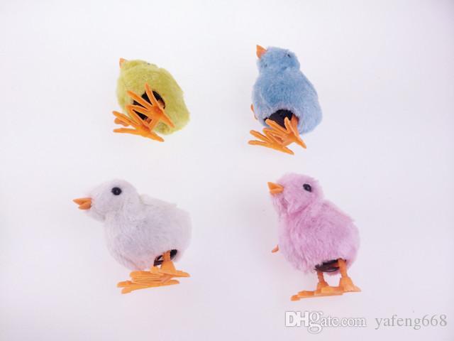 Freies Verschiffen auf dem gefüllten Küken des Frühling Hühnchens, das auf die süße Babyküken-Neuheit der Kettensimulation spielt, spielt
