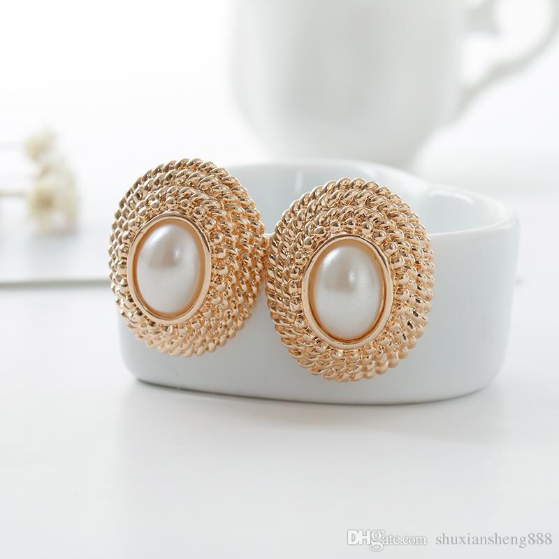 Estilo de línea de botón de bobina redonda bajo el clip de oreja perla ornamento regalo del amante romántico extraordinariamente sexy envío gratis