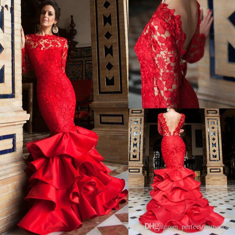 Abiti da sposa con colore rosso