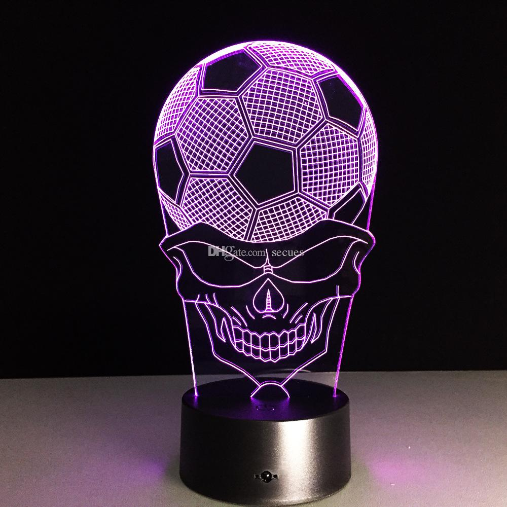 2016 Skull Night Football Lampe 3D Lampe optique RGB Lumières Dimmable DC 5V batterie Télécommande IR Retail Box
