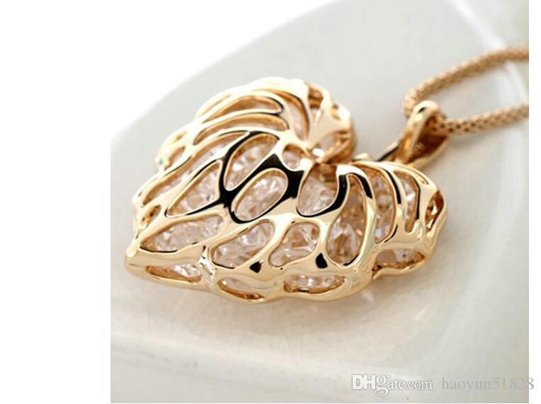 Hollow Love Heart Leaves Zircon Bracelet Necklace Peach Heart Necklace