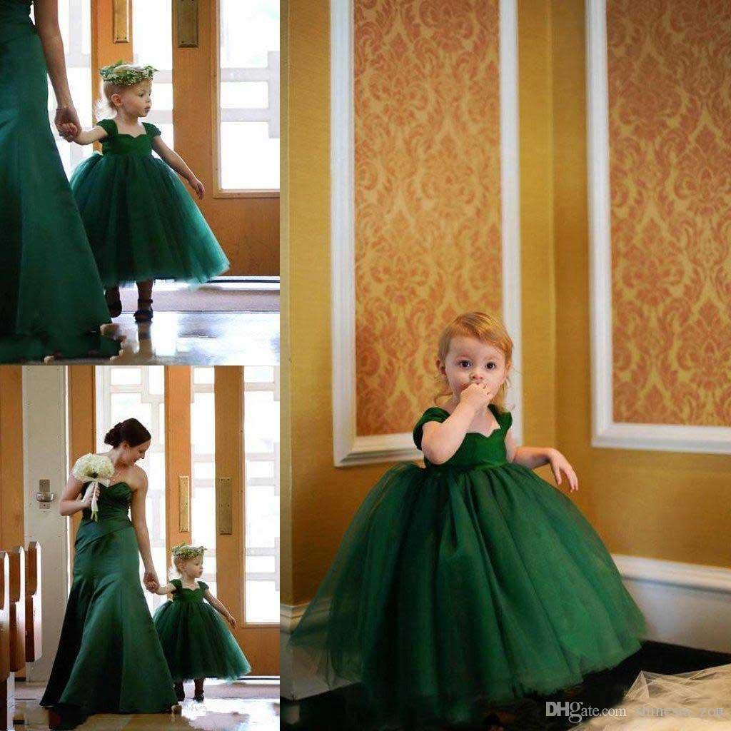 Petite fleur de bébé Robes de filles pour les mariages Manches vert émeraude Manches longues longueur robe de soirée robe de communion