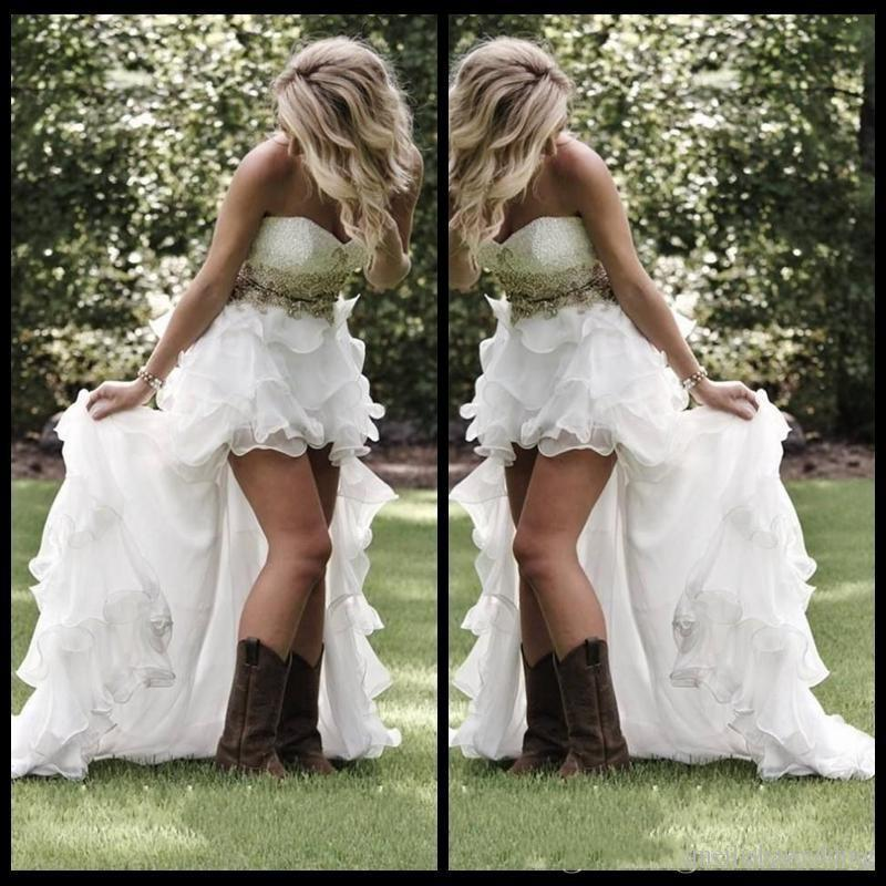 2019 New Garden A-line Wedding Dresses Western Country Style High Low Tiered Skirts Backless Sweetheart Sweep Train Bohemian Bridal Gowns