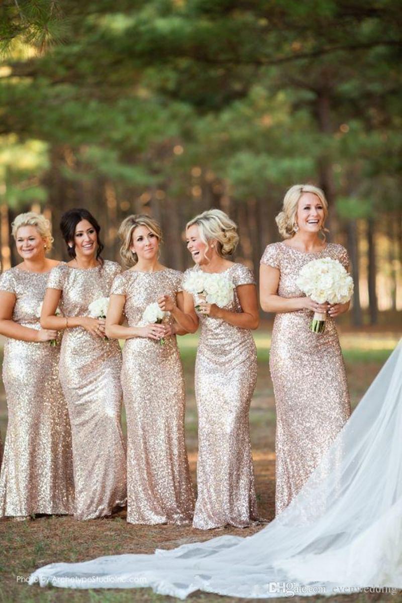 샴페인 골드 스팽글 인어 신부 들러리 드레스 2018 짧은 소매 백리스 롱 비치 웨딩 파티 드레스 빠른 배송