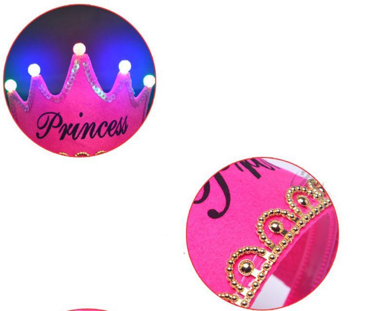 Luz LED Rey Princesa Fiesta de cumpleaños Sombrero Corona Adulto Fiesta de los niños Viste la diadema para despedida de soltera Fiesta de Hen Suministros para Eventos Decorativos