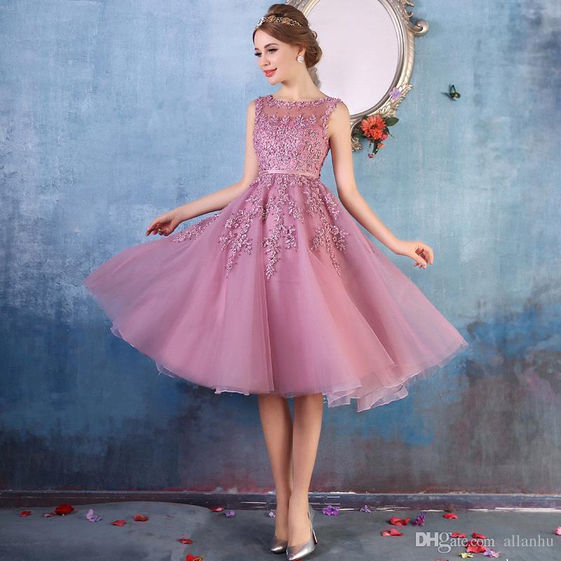 2017 se ruboran rosa barato vestidos de cóctel corto una línea de cuello escarpado rebordeado vestido corto del baile de fin de curso longitud de la rodilla vestido de fiesta vestido CPS298