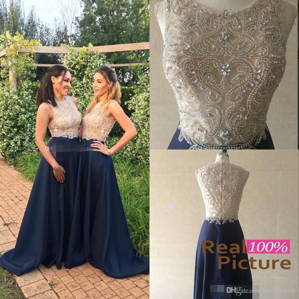 100% echte Fotos 2019 Gold und Blau Brautjungfernkleider Navy Blue Sheer Neck Major Perlen bodenlangen Hochzeitsgast Party Prom Abendkleider