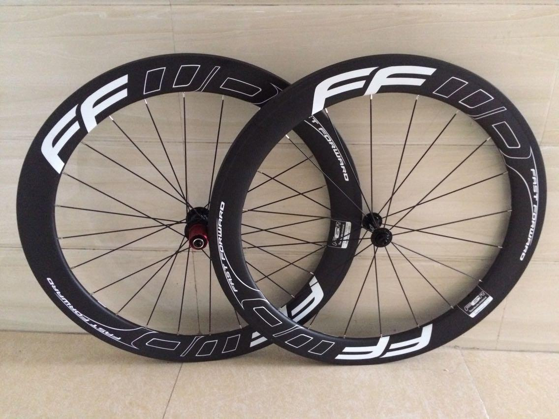 1 year warranty white black fast forward 60mm full carbon fiber road carbon bike wheels 3k weave 700C bike wheels with ceramic bearing hub