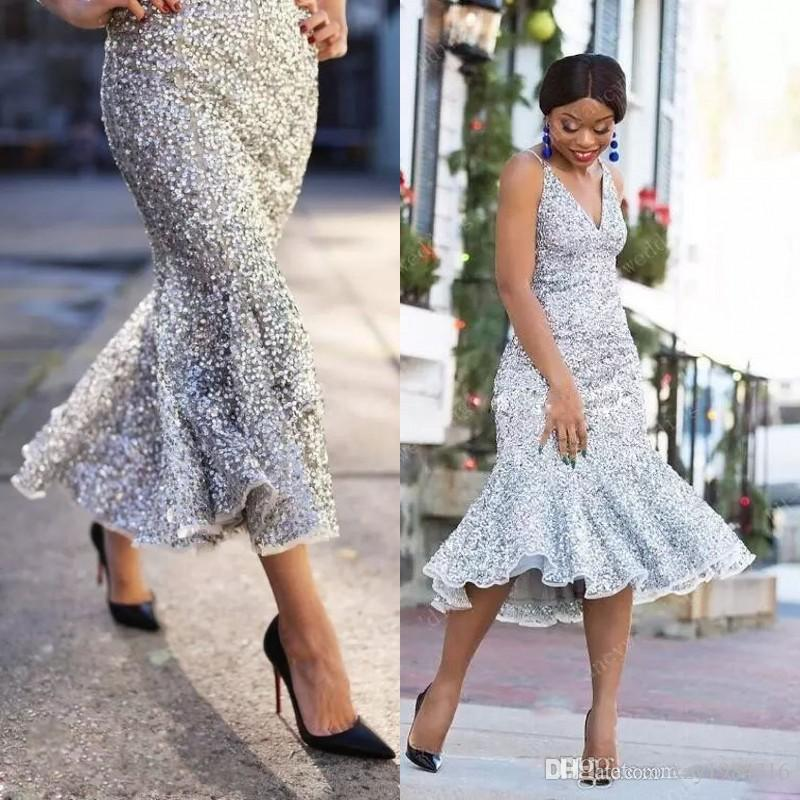 Glittering Silver Mermaid Prom Dresses Sexy V-Neck Sleeveless Sequined Tea Length Maid Of Honor Dresses New Arrival Cheap Formal Party Gowns