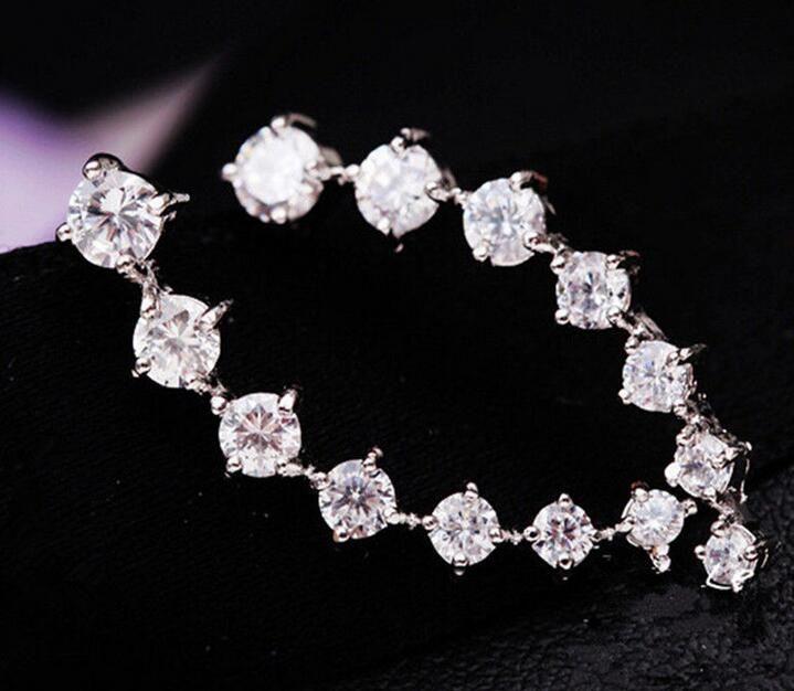 CZ Diamond Clip Pendientes Pendientes Blanco Rosa Chapado Dipper Hook Stud Pendientes Joyería para Mujeres Pendiente Zl