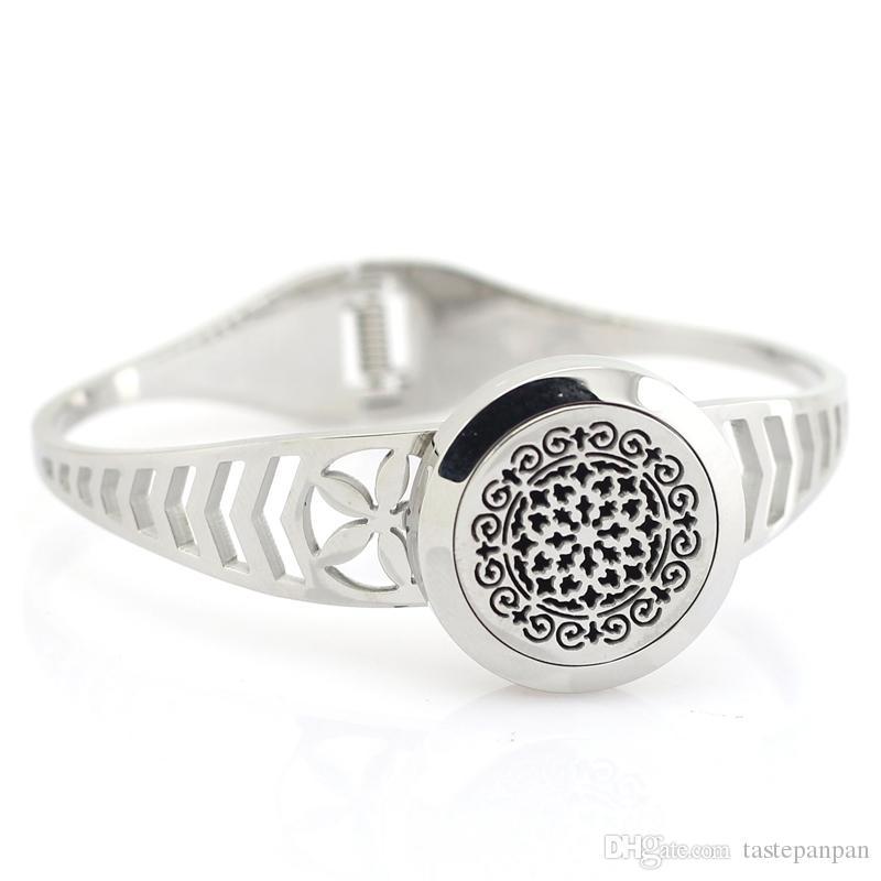Hot sale female jewelry twist diffuser locket bangle silver 316l stainless steel perfume locket bangle aromatherapy diffuser lcoket bangles