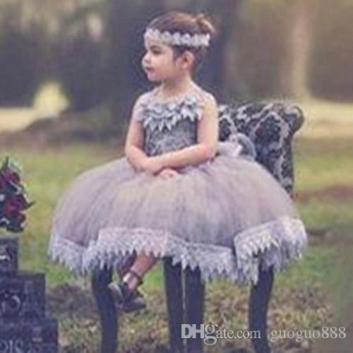 Cloud Flower Girl Vestidos Em Camadas Sheer Neck Até O Chão Meninas Pageant Vestidos Crianças Wedding Formal Wear