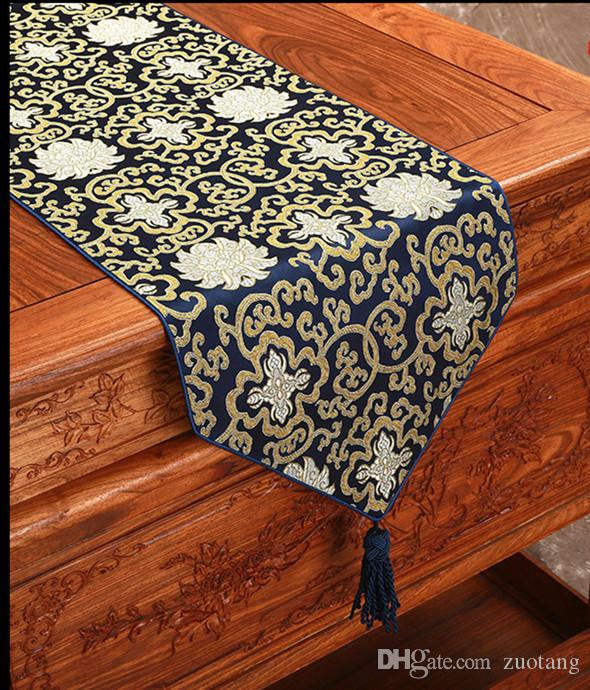Beautiful Chinese Damask Fabric Table Runner For Coffee
