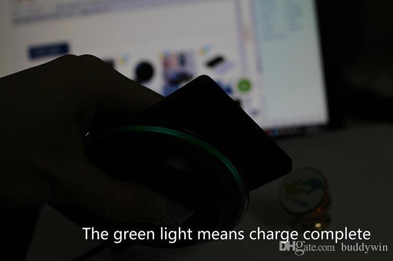 Universal Qi chargeur sans fil chargeur de plaque adapter pour Samsung S6 bord s7 plus s8 bord iphone 8 X fantaisie haute efficacité pad avec la boîte de détail