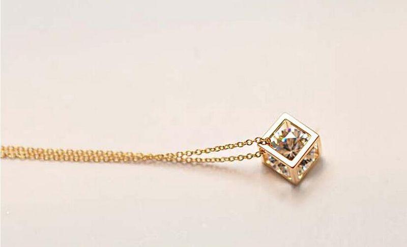 Мода Happy Cube Ожерелья Кулон Для Женщин Лучший Подарок Высокое Качество Циркон Кристалл Ожерелье Ювелирные Изделия G017