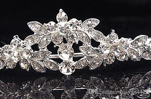 2020 Bling Ucuz Gümüş Kırmızı Düğün Aksesuarları Gelin Tiaras Kristal Rhinestone Saç Bantları Balo Takı Kadınlar Saç Takı Taçlar Kafa