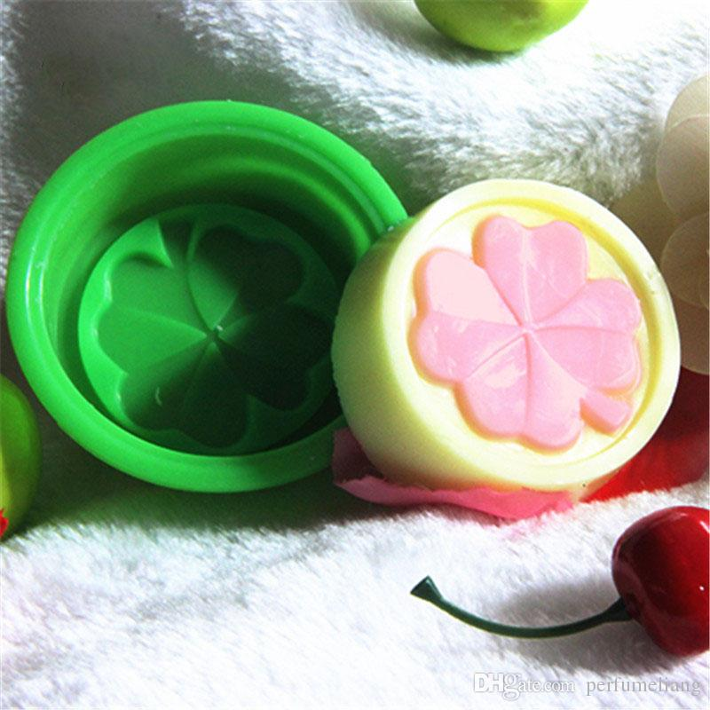 Four Leaf Clover Flower Cake Mold Silicone Handmade Soap Mold 3D Soap Molds DIY Crafts Mold Baking Tools ZA0588