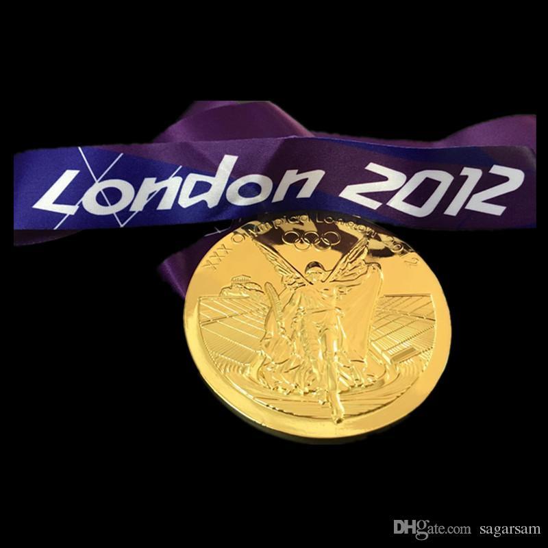 Médailles olympiques 2004 Athènes 2008 Pékin 2012 Londres 2014 Sochi 2016 Rio Médaille de bronze en argent, insigne du sport avec ruban