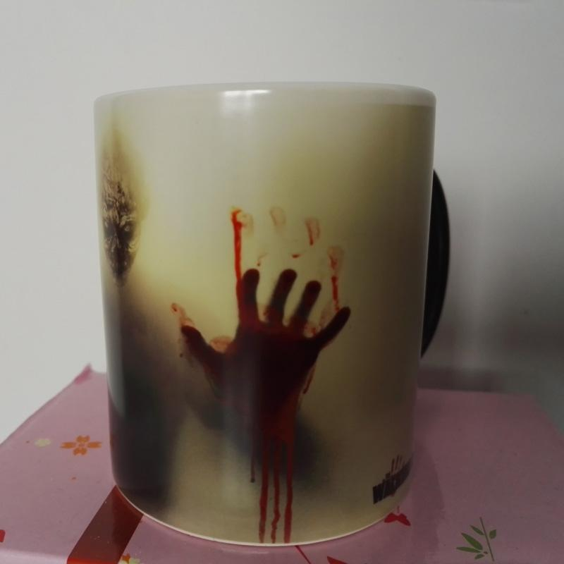 newest design zombie magic color changing coffee mug tea cups printing with walking dead bloody hands and head picture wholesale coffee mugs wholesale mugs