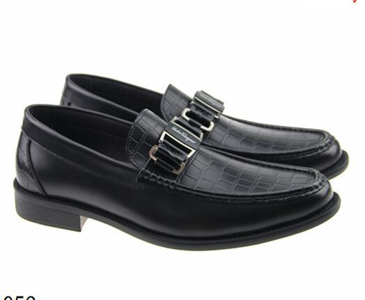 Luxusmarke Männer Freizeit Kleid Schuhe Echtes Leder Metall Schnalle Logo Anzüge Schuh Zapatos Hombre Plus Größe 45 46