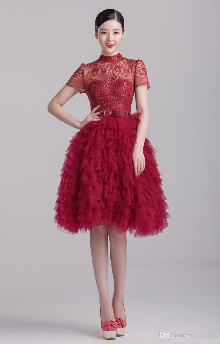 2017 High Collar Sexy Burgundy Lace Cocktail Dresses Fall Winter Layers Tulle Eye Catching Party Dresses