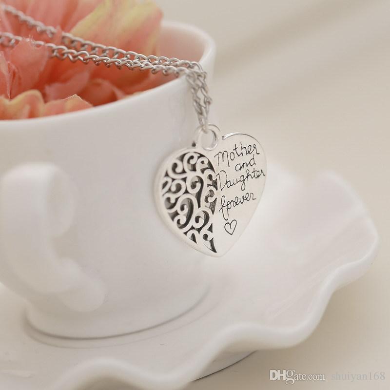 Hollow Çiçek Aşk Kalp Kolye Kolye Anne ve Kızı İngilizce Harfler Kolye Kadınlar Kız Takı Için DHL Noel Hediyesi