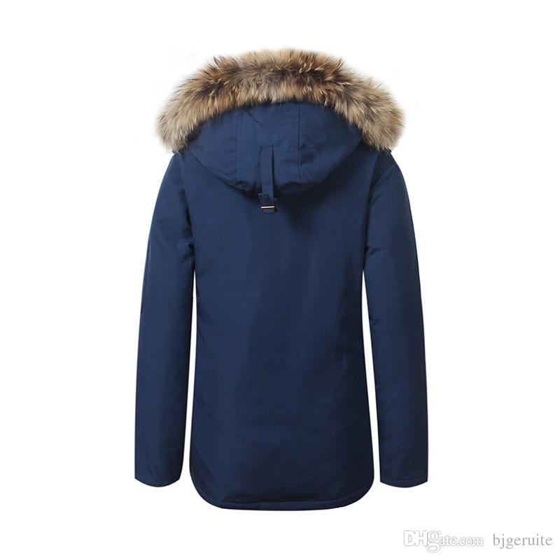 2020 Совершенно новый женский водонепроницаемый пуховик зимнее пальто теплые монтебелло Parka дамы мода реальный енот меха канада