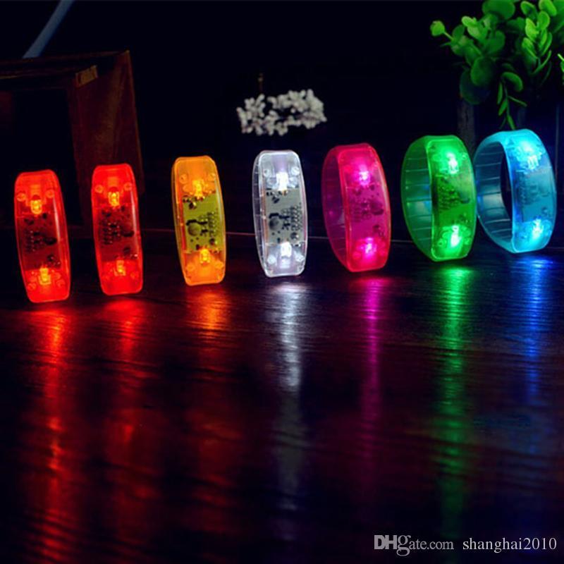 LED Voix-contrôle Bracelet Glo-sticks Électronique Clignotant Glow Bracelets LED Bracelet Bracelet Noël LED Bracelet Lumineux Jouets