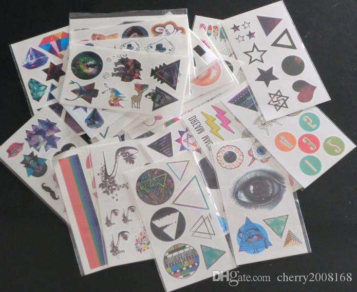 14 estilos 50 piezas 7.3 cm * 13.2 cm tatuajes temporales tatuaje pegatinas para pintura de arte corporal diseños de mezcla a prueba de agua