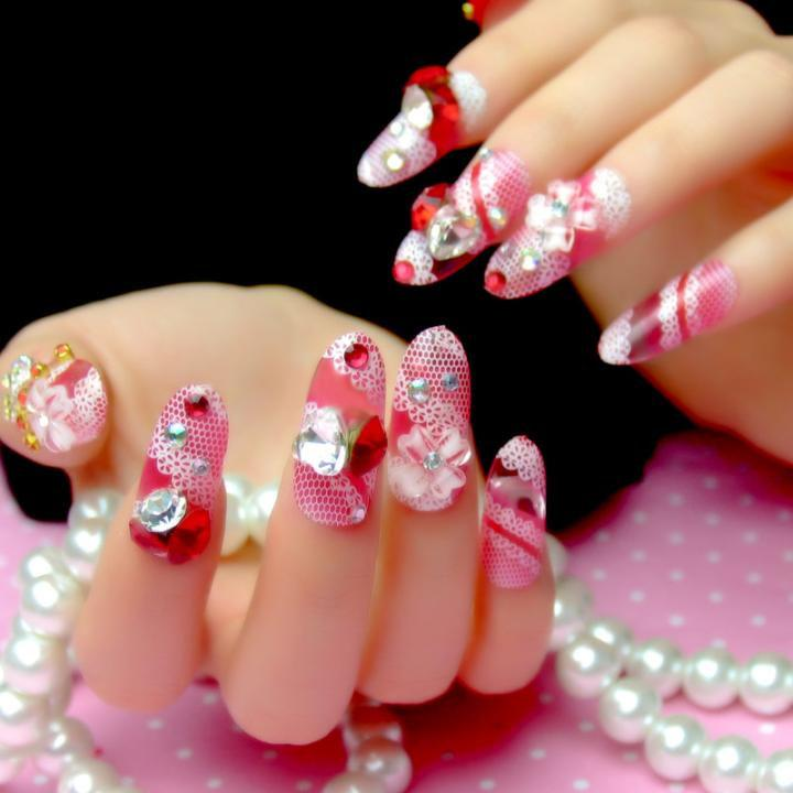 Elegant Lady Fake Nails Tips With Design Red Nail Art For Bride ...