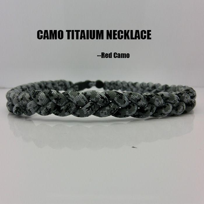 Collana in titanio con 3 corde tornado