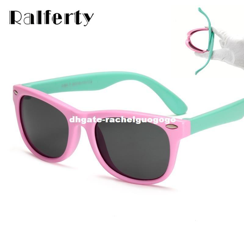 d5abd793b40c1 Compre Ralferty TR90 Flexível Crianças Óculos De Sol Polarizada Criança  Segurança Do Bebê Revestimento De Óculos De Sol UV400 Eyewear Shades Infantis  Oculos ...
