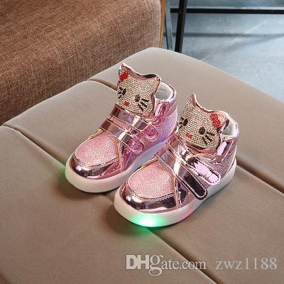Acheter 2017 Nouveau Automne Strass Enfants Led Lumineux Sneakers Filles  Casual Shoes Avec Lumières Clignotant Enfant Kt Cats Boot Taille 21 ~ 30 De   13.67 ... bd7a11f2ee97