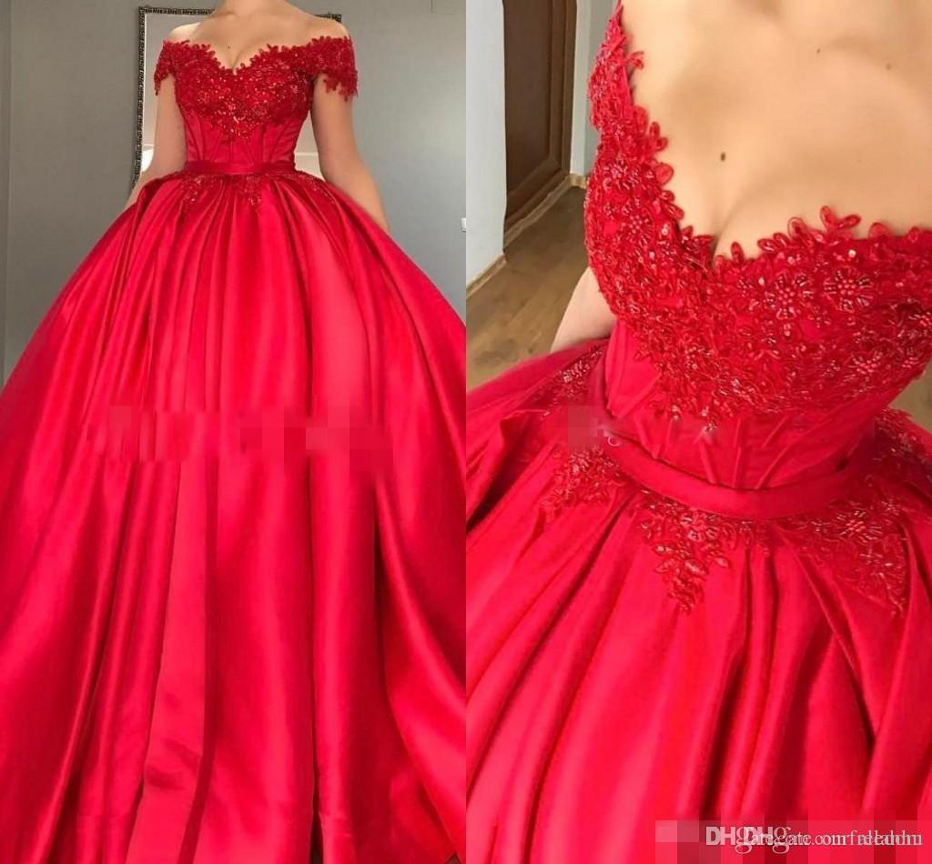 2018 Long Red Stain Off Hombro Vestidos de Quinceanera apliques de encaje con cuentas vestido de bola Puffy Sweet 16 vestidos de fiesta Vestidos de novia