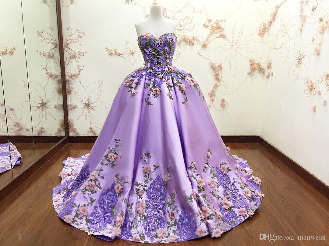 Luxus Lila Ballkleid Abendkleider 3D-Blumenapplikationen Blumenspitze Formale Abendkleider Schatz Ärmelloses Langes Partykleid