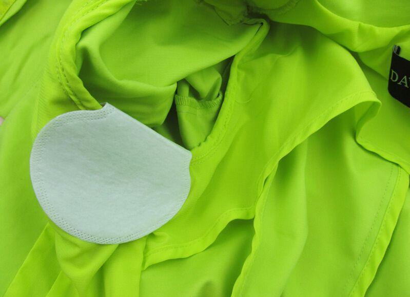 الشحن مجانا 50 قطع الإبط اللباس الإبط الرعاية العرق رائحة العرق الوسادة درع استيعاب مزيل العرق