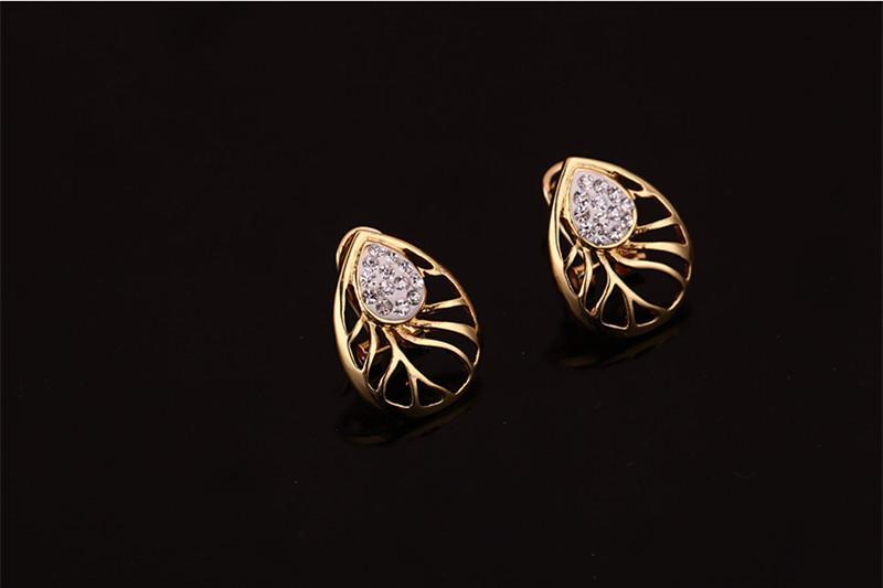 Ring-Halsketten-Armband-Ohrring-Schmucksache-gesetztes Art- und Weisefrauen-Rhinestone-Gold 18K überzog Aushöhlenwassertropfen-Partei-Schmucksachen 4-teiliges Set JS196