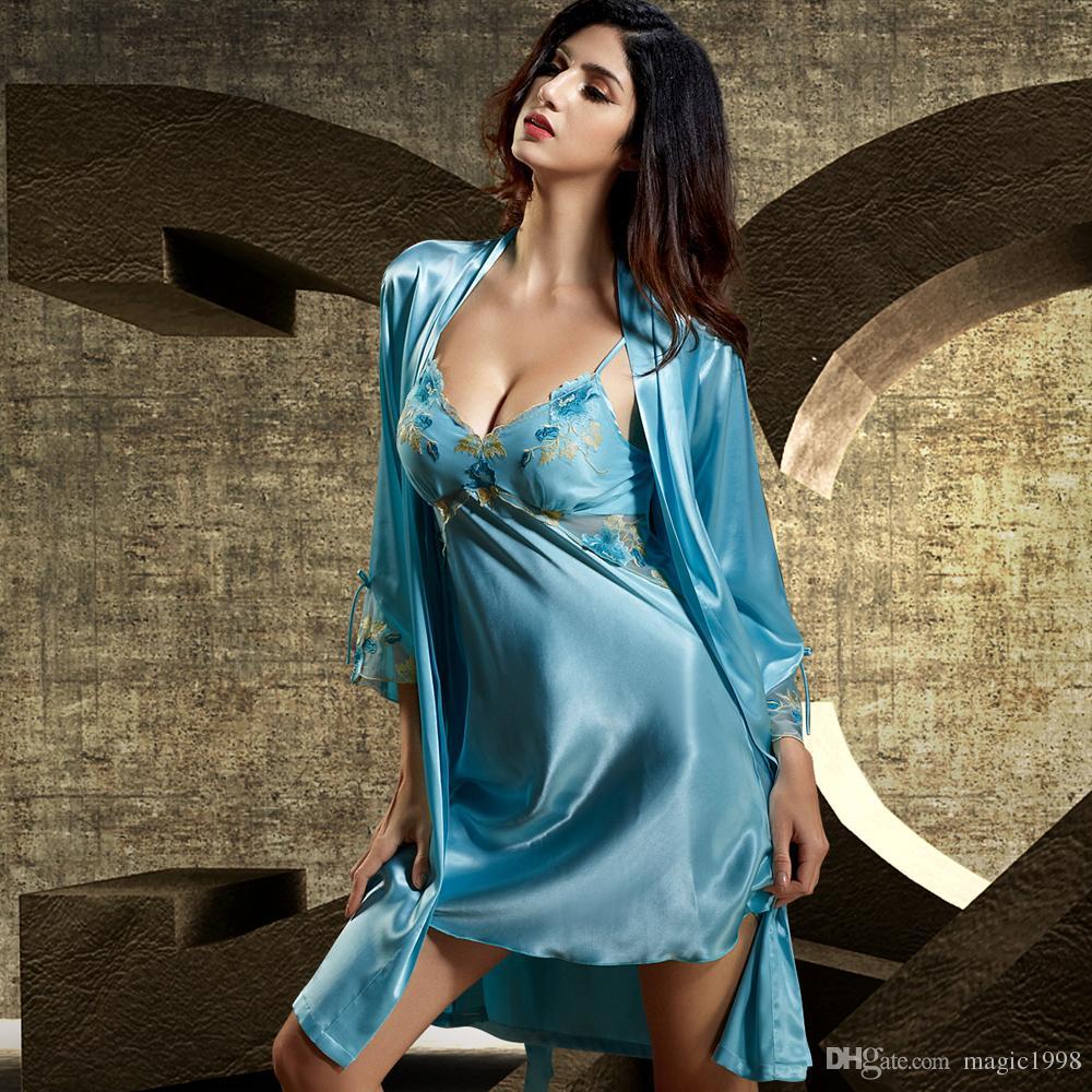 2017 Summer Twinset Women Bathrobe Three Quarter Sleeve Robe Sets Lace  Embroidery Mini Nightdress Emulation Silk Nightgown 6623 UK 2019 From  Magic1998 3e07a694a