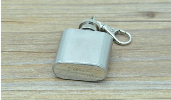 1 oz frasco de mini cadera de acero inoxidable con llavero Botella de vino al aire libre fiesta portátil con llaveros