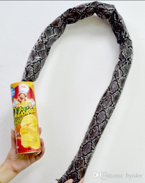 Parodie tricky chips schlange spielzeug chips fässer hüpfen springen schlange chips werden schlange Halloween dummkopf 046