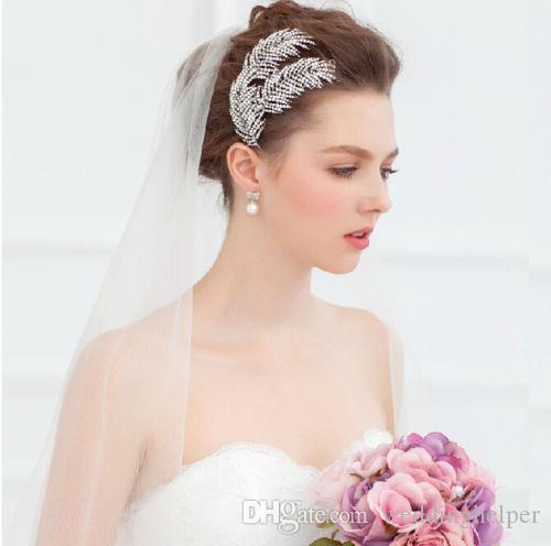60a778578ae7a4 Acheter Queen Crown Tiara Casque Headpiece Vente En Gros Pas Cher Nupti  Crystal Strass Accessoires Cheveux Headband Cheveux Bijoux Silver Leaf  Clips Band De ...
