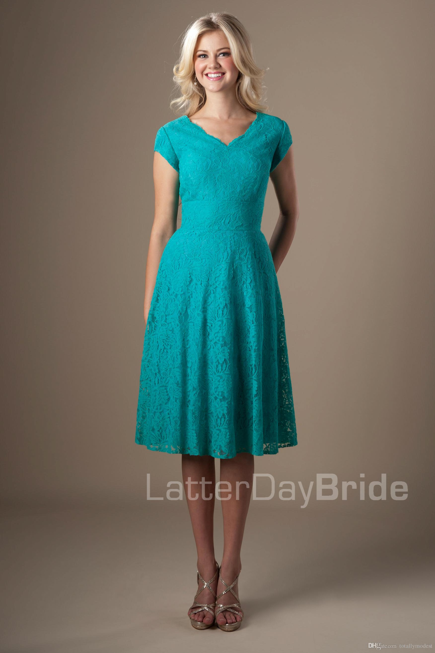 Teal Lace Vintage Short Modest Bridesmaid Dresses With Cap Sleeves V ...