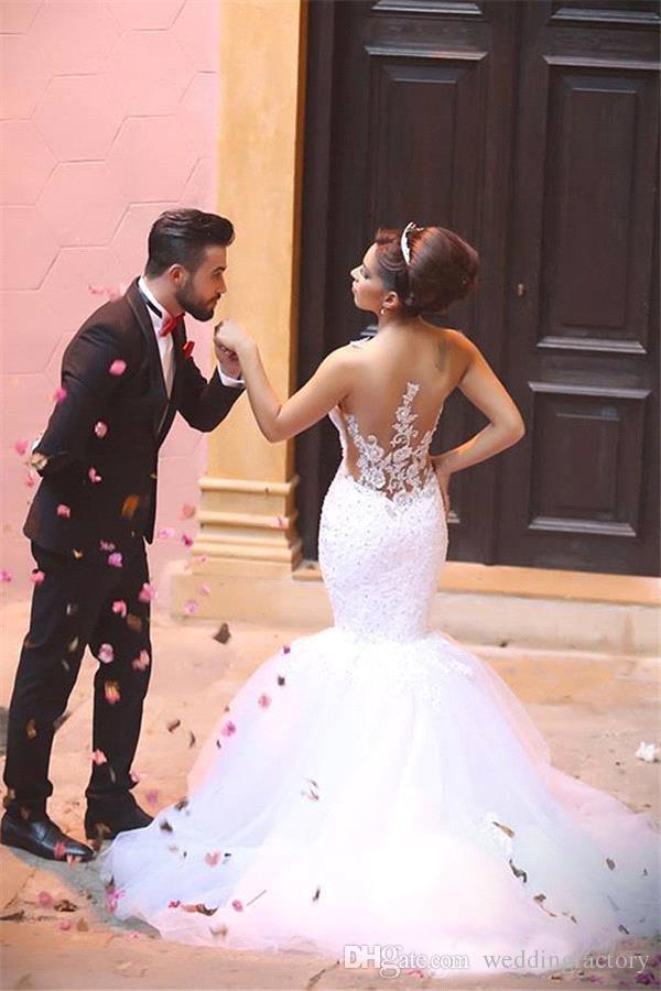 Vente chaude robes de mariée arabes sirène style cristaux décolleté appliques de dentelle perlée voir à travers illusion dos trompette tulle robes de mariée