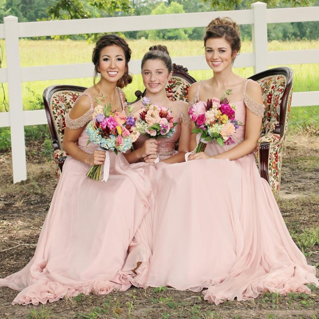 멋진 핑크 쉬폰 긴 신부 들러리 드레스 반짝 구슬 스트랩 하녀 가운 들러리의 뒷좌석 결혼식 게스트 공식 파티 드레스 저렴한