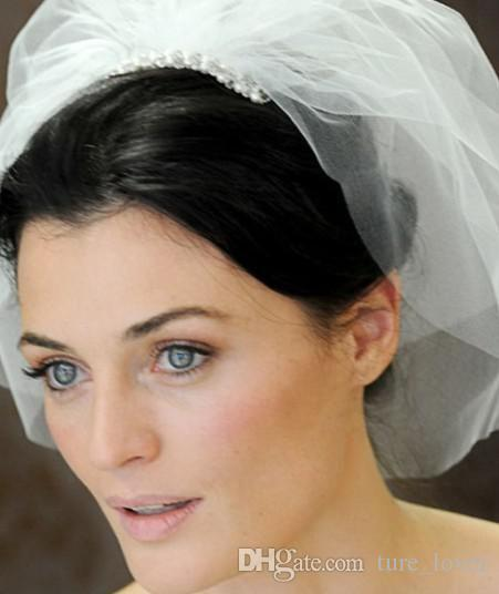 Barato Frete Grátis Nude Blush Rosa Duas Camadas Nupcial Véus Tule Veios Curtos Nupcial Véus de Noiva para Noivas